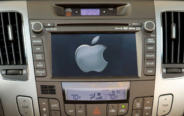 Apple ios in car Ferrari