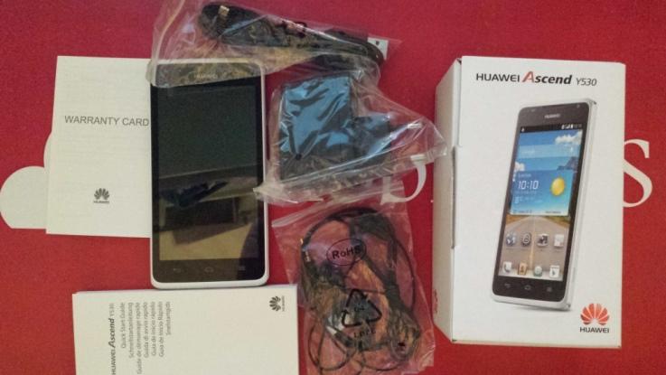 Confezione Huawei Ascend Y530