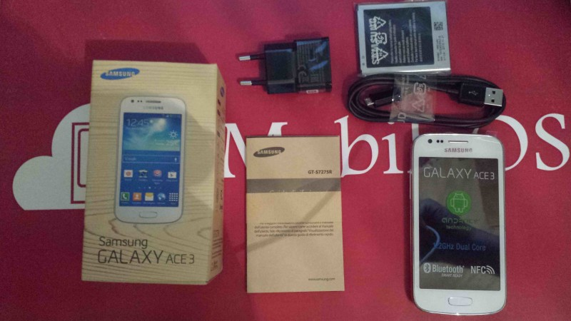 Samsung Galaxy Ace 3 001