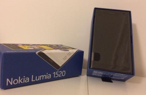 confezione nokia lumia 1520