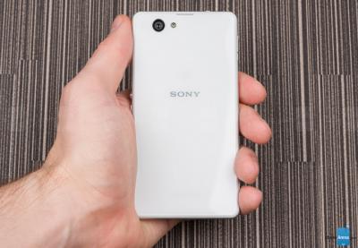 Sony-Xperia-Z1-Compact-LED-flash-bug