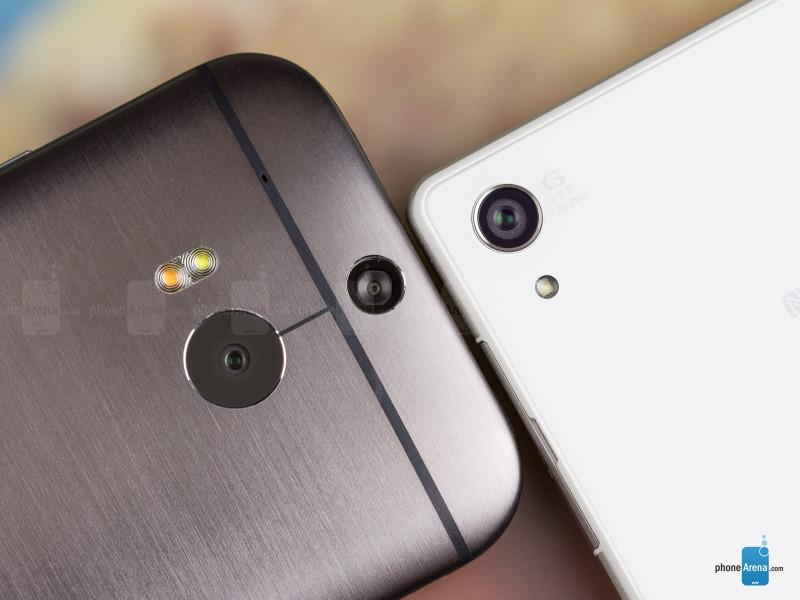 Sony-Xperia-Z2-vs-HTC-One-M8-005