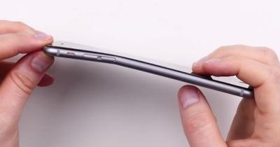 Caso bendgate iPhone 6 Plus - Apple risponde ufficialmente