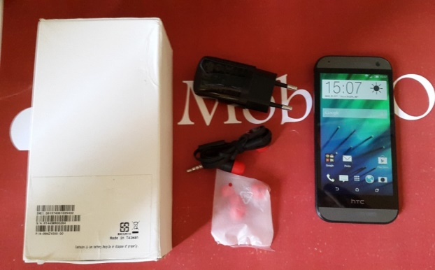 Video Unboxing Htc One Mini 2