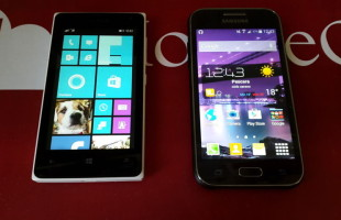 Samsung Galaxy J1 VS Lumia 435 Samsung Galaxy J1 VS Lumia 435