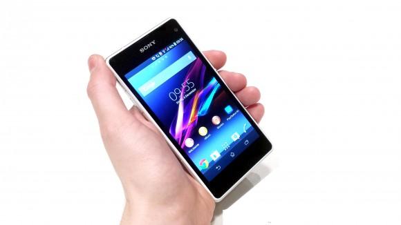 Sony-Xperia-Z4-Compact