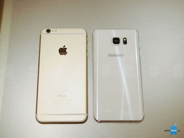 Samsung Galaxy Note 5 VS iPhone 6 Plus (2)