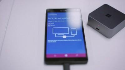 continuum-la-funzione-di-windows-phone 10-si-mostra-in-video