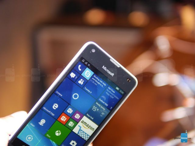 OK DIMENSIONI Microsoft-Lumia-550 (2)