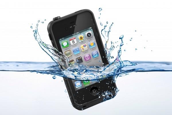 iphone impermeabile