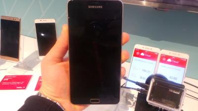 Galaxy A9_8