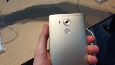 Huawei Mate 8 Huawei GX8 MWC 2016 20160222_103112
