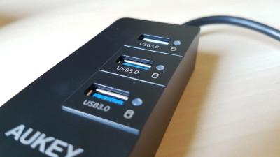 Prova AUKEY Hub USB 3.0 con 3 Porte USB 3.0 1 Porta Gigabit Ethernet 2016-05-17 14.05.12