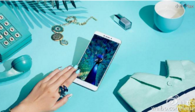 Le foto pubblicate sulla pagina del CEO di Xiaomi