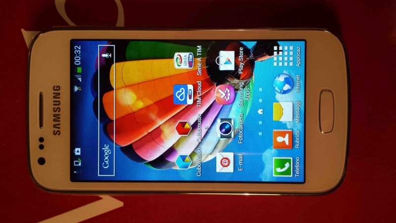 Samsung Galaxy Ace 3 009