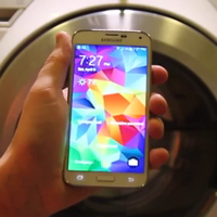Can-the-Samsung-Galaxy-S5-survive-two-extreme-water-tests