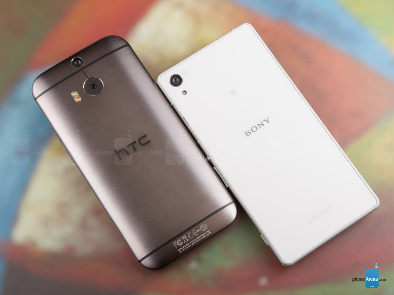 Sony-Xperia-Z2-vs-HTC-One-M8-002