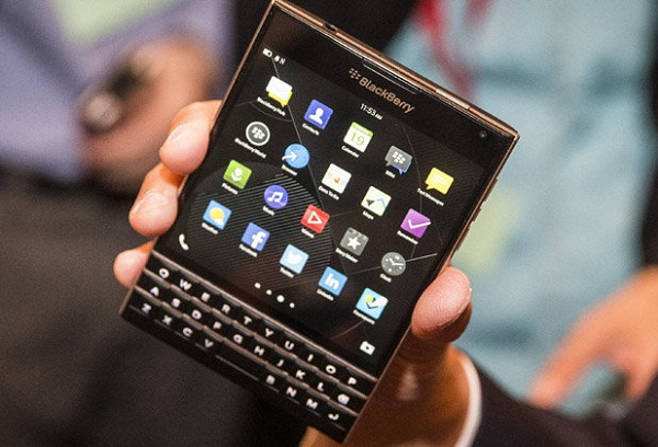 BlackBerry Passport,