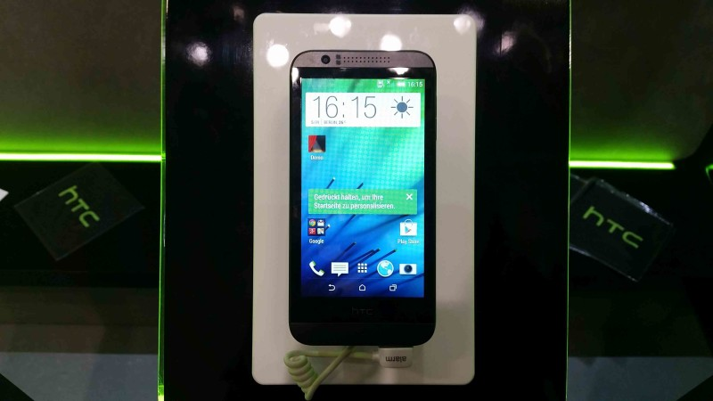 IFA 2014 HTC Desire 003