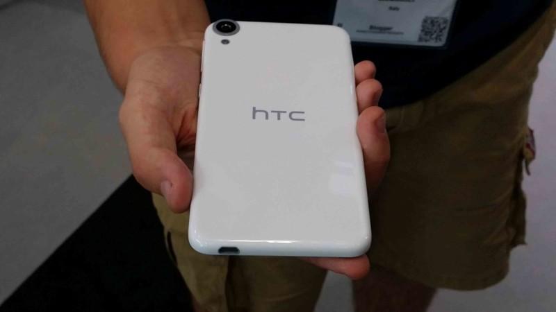 IFA 2014 HTC Desire 039