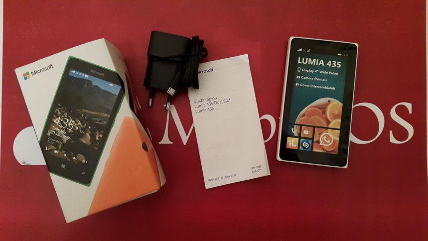 Unboxing Microsoft Lumia 435