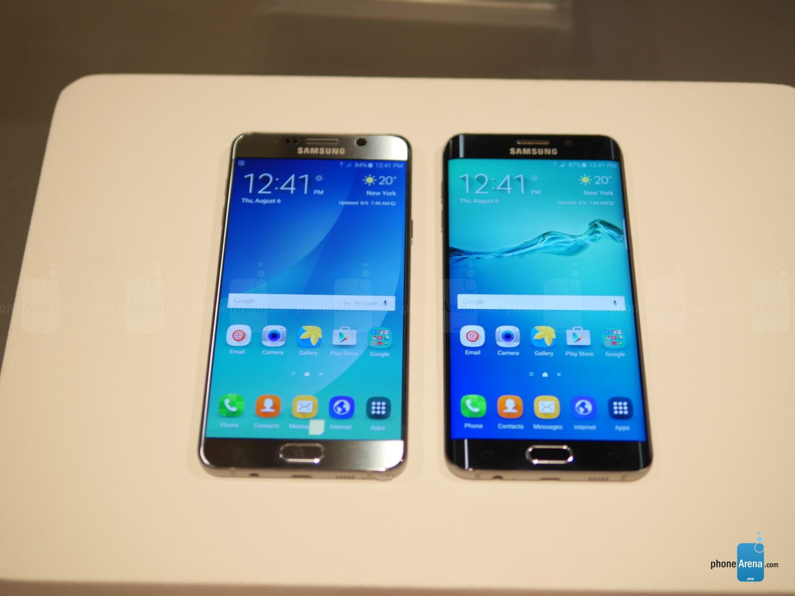 Samsung-Galaxy-S6-edge-vs-Galaxy-Note5
