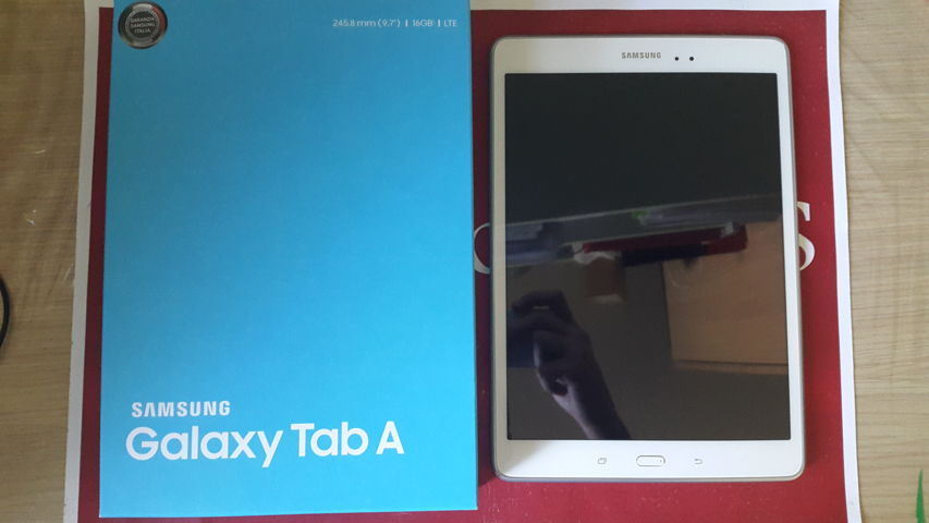 Video Unboxing Samsung Galaxy Tab A 9.7 2015-08-25 12.05.43