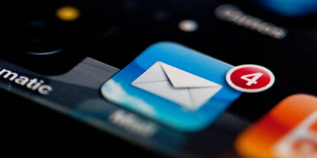 allegare pdf mail iphone