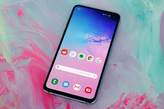 Samsung Galaxy S10, S10e, S10+ si aggiornano in Italia, ecco le patch di sicurezza di agosto 2019